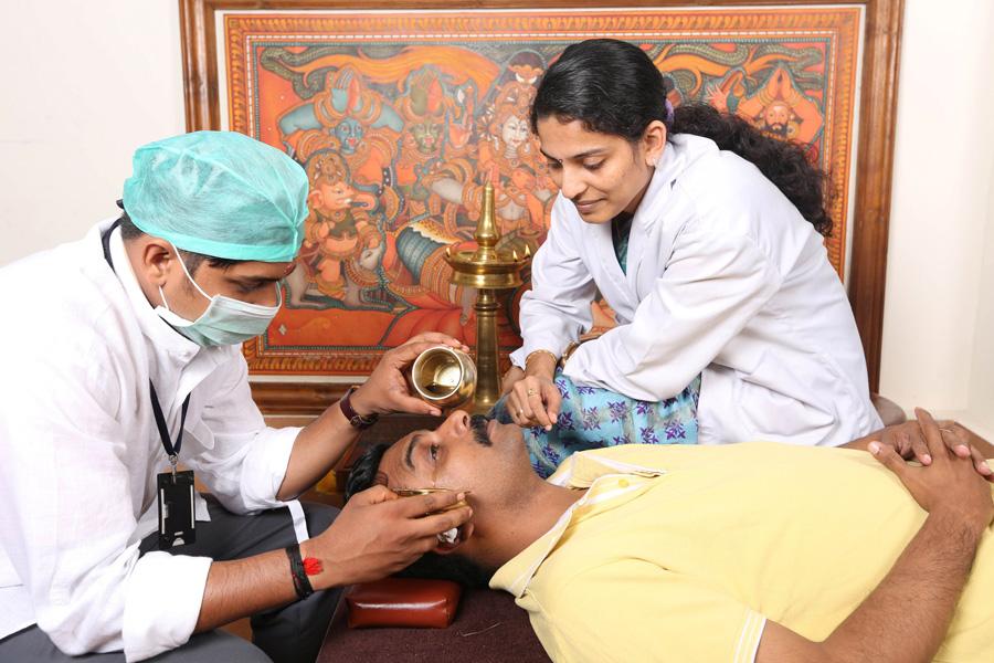 sreedhareeyam-ayurvedic-eye-hospital-research-centre-8