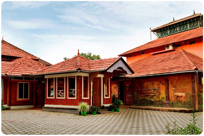 dr-p-alikuttys-kottakkal-ayurveda-nursing-home-12