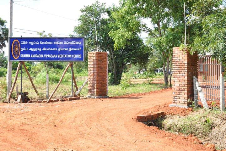 vipassana-meditation-centre-dhamma-anuradha-sri-lanka-12