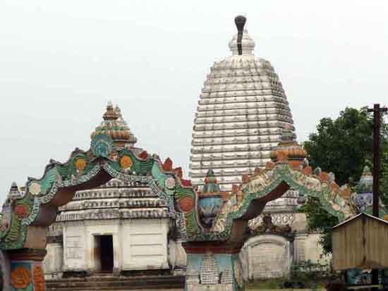 vipassana-meditation-centre-dhamma-mahimar-9