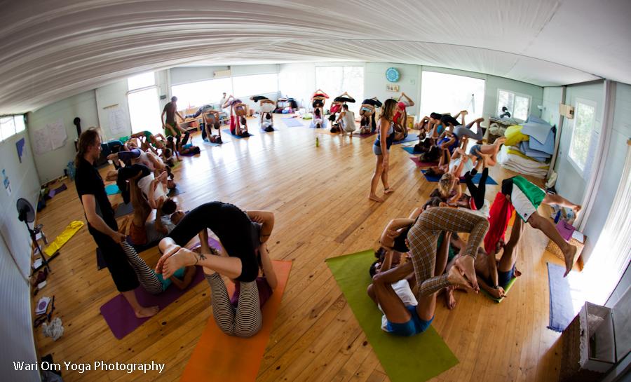 om-shanti-yoga-studio-barcelona-spain-13