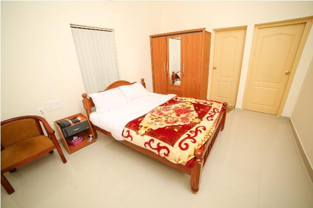 sree-chithra-ayur-home-17