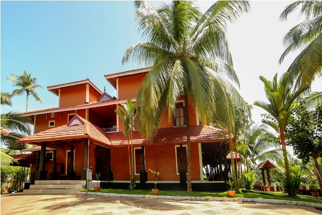 sree-chithra-ayur-home-13