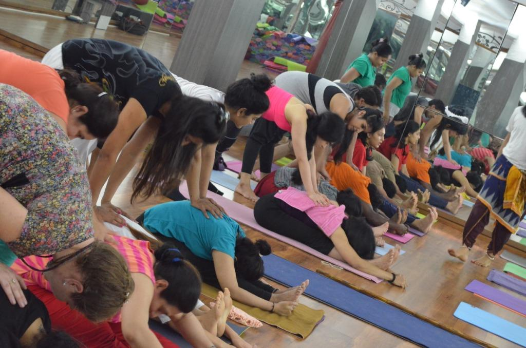 akshar-power-yoga-17