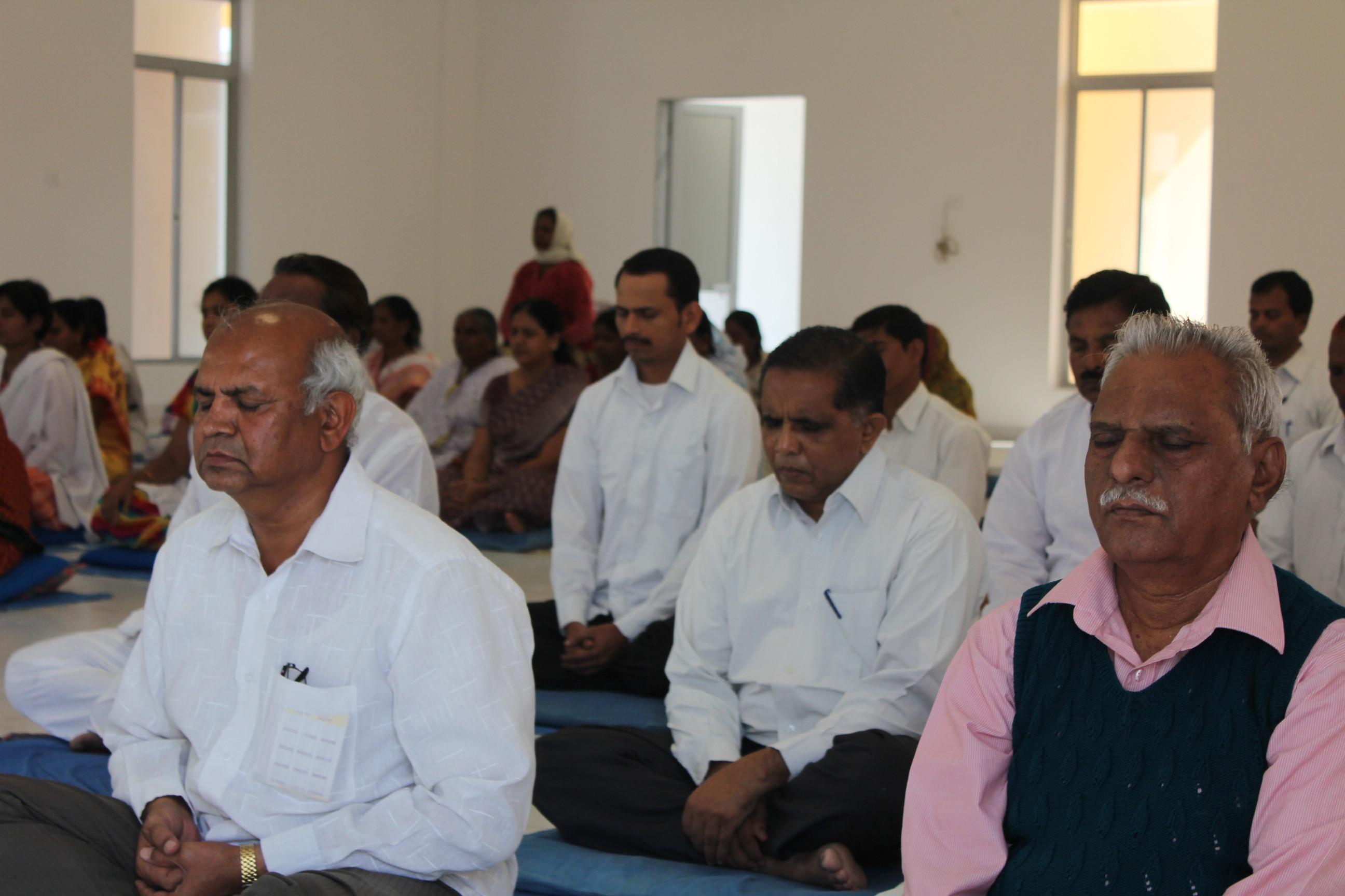 dhamma-ajanta-meditation-centre-12