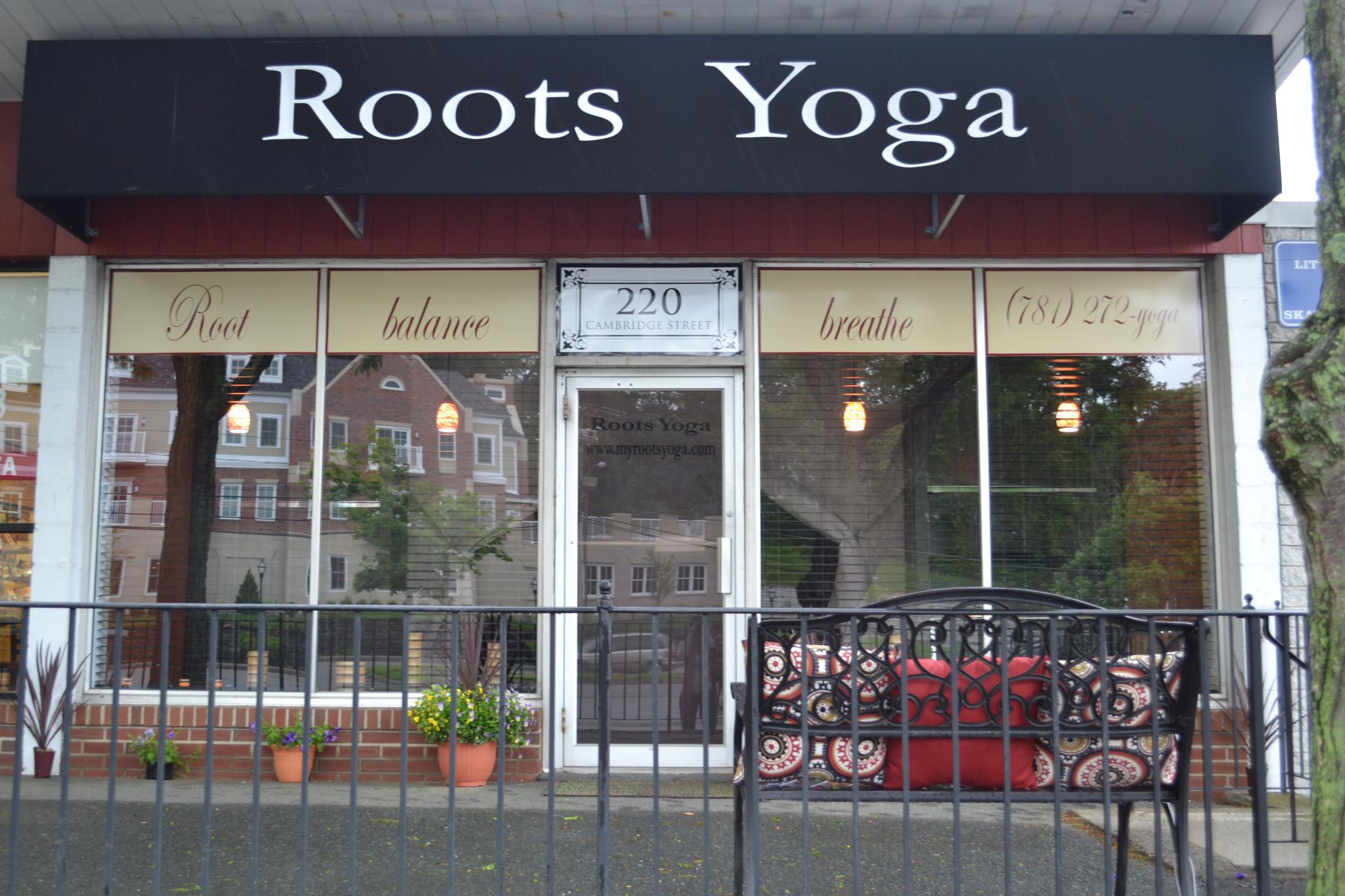 roots-yoga-studio-massachusetts-11