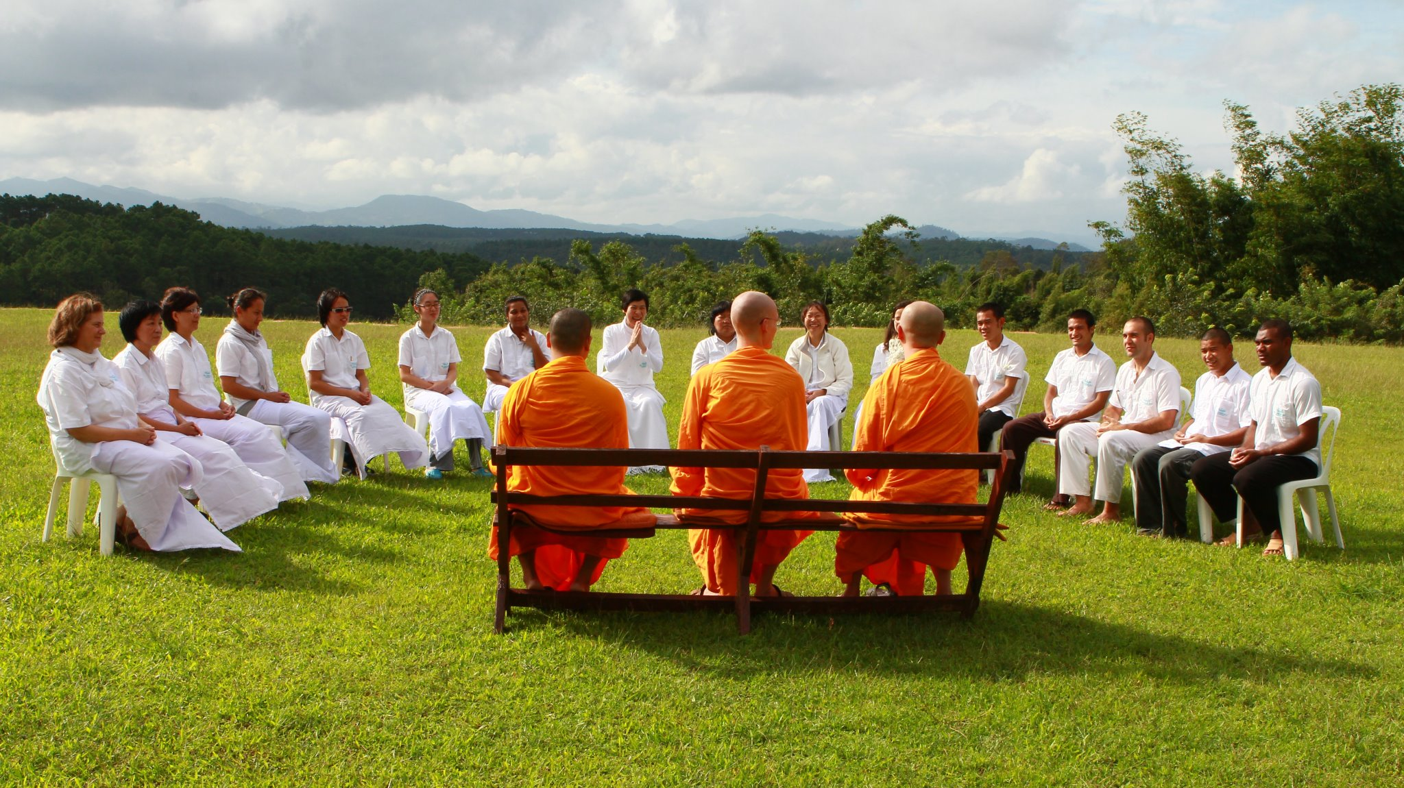 the-middle-way-meditation-institute-pathum-thani-thailand-10