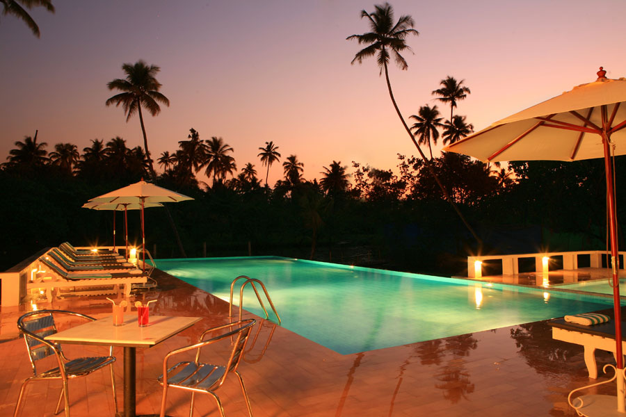 turtle-beach-mararikulam-beach-resort-alleppey-10