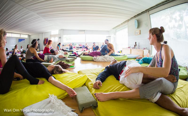 om-shanti-yoga-studio-barcelona-spain-11