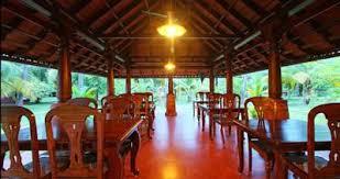 kondai-lip-backwater-heritage-resort-alapuzzha-kerala-india-4