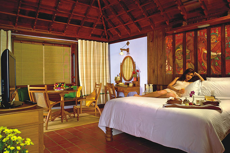 7-days-ayurvedic-weight-reduction-package-at-kumarakom-ayurvedic-resort-kerala-india.jpg